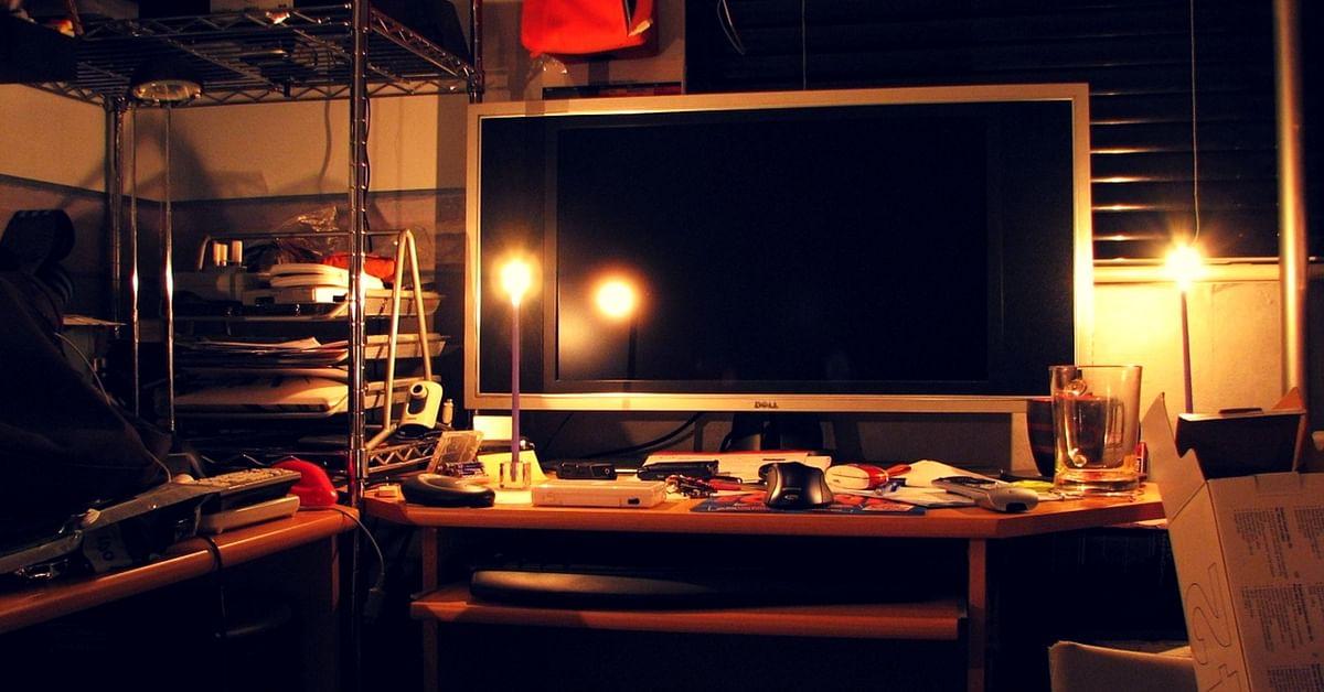 Delhi power cuts compensation