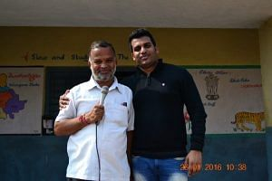 Founder of Dil Se Education Foundation Naveen Pallayil (On the Right)