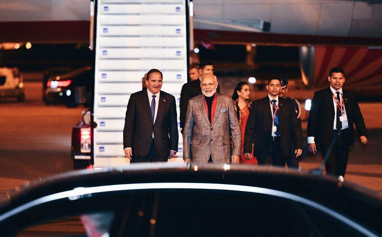 PM Narendra Modi with Swedish PM Stefan Lofven. (Source: Twitter/Narendra Modi)