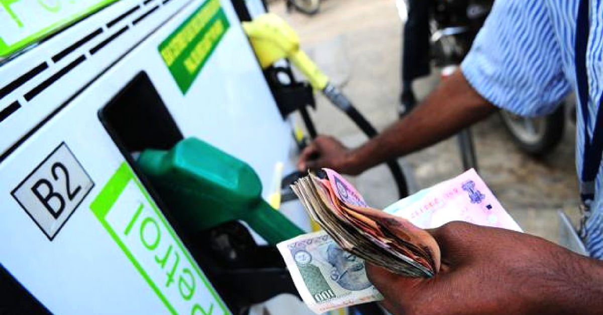 Here's What Centre & State Govts Can Do To Cut Fuel Prices, According to Experts!