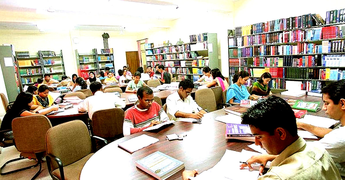 A huge library, stocked with information in multiple formats, is necessary for a sports university in Manipur. Representative image only. Image Courtesy: Dr Deanndamon (Wikimedia Commons.)