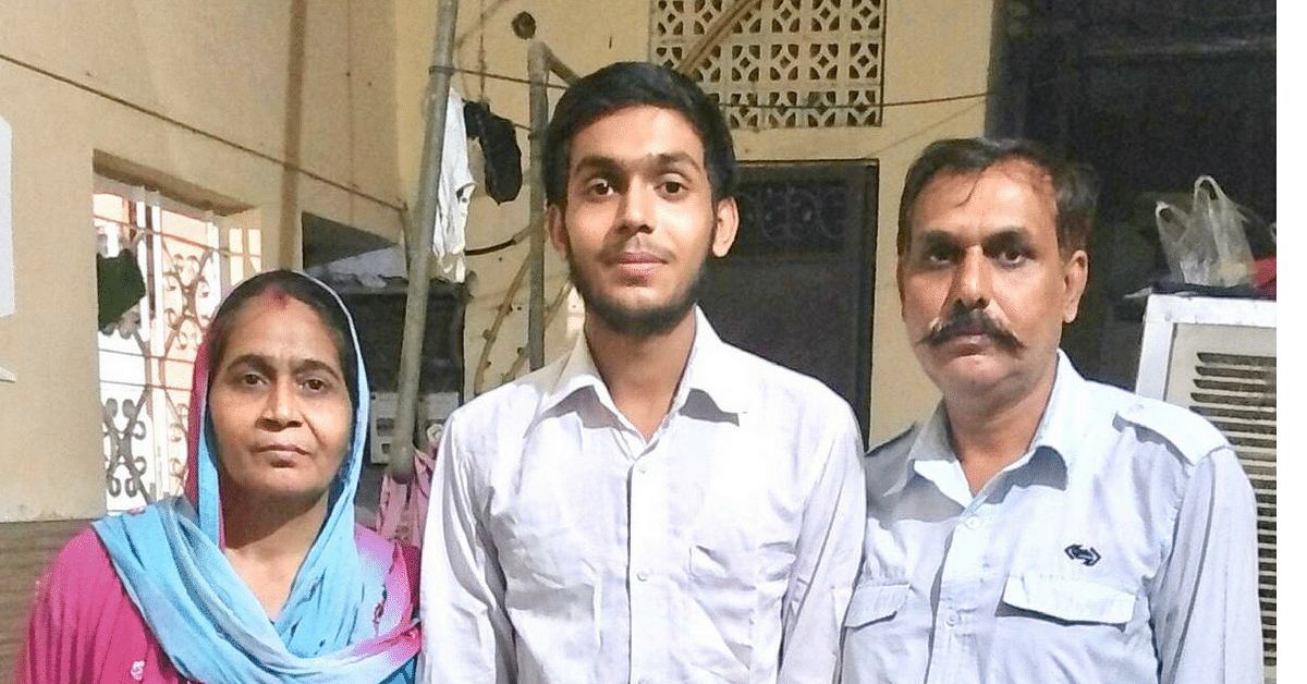 Delhi Bus Driver's Son Scores 97%, Among Toppers in CBSE 12th Science Stream!