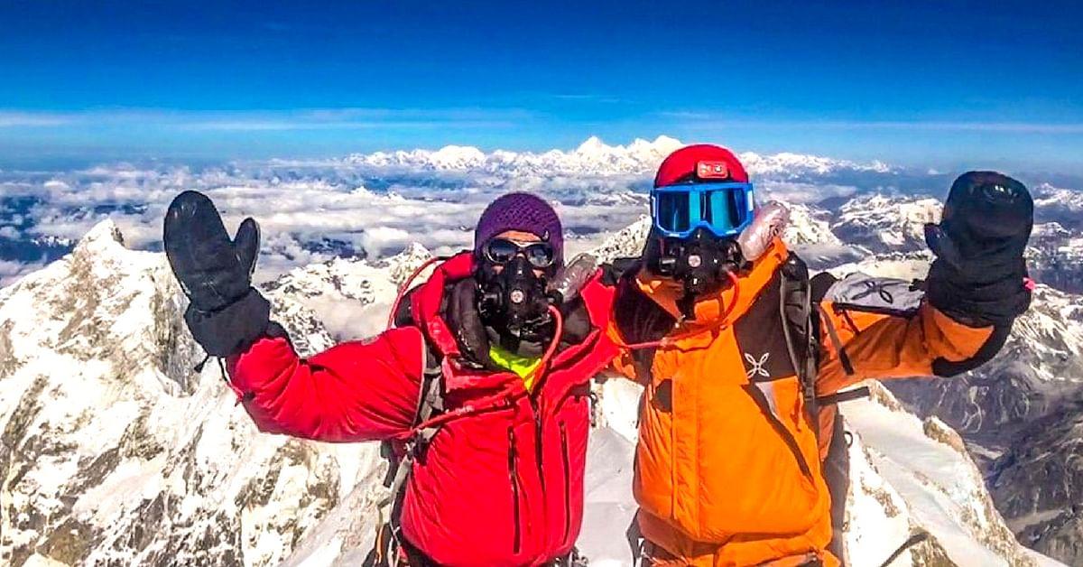 Arjun Vajpai and his friend Alex d'Emilia atop Mount Kangchenjunga (8586m) on 20th May 2018, 8:05am. (Source: Twitter/Arjun Vajpai)