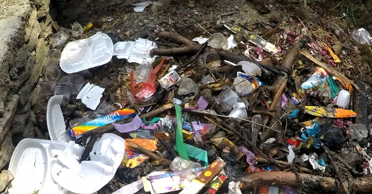 Waste-segregation was not being implemented, and biodegradable and non-biodegradable waste was thrown together. Image Credit: India Hikes