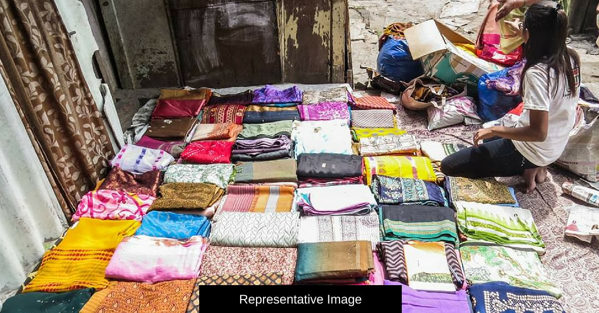 Going Shopping in Kerala? Drop off That Dress You No Longer Need at These 'Boxes'!