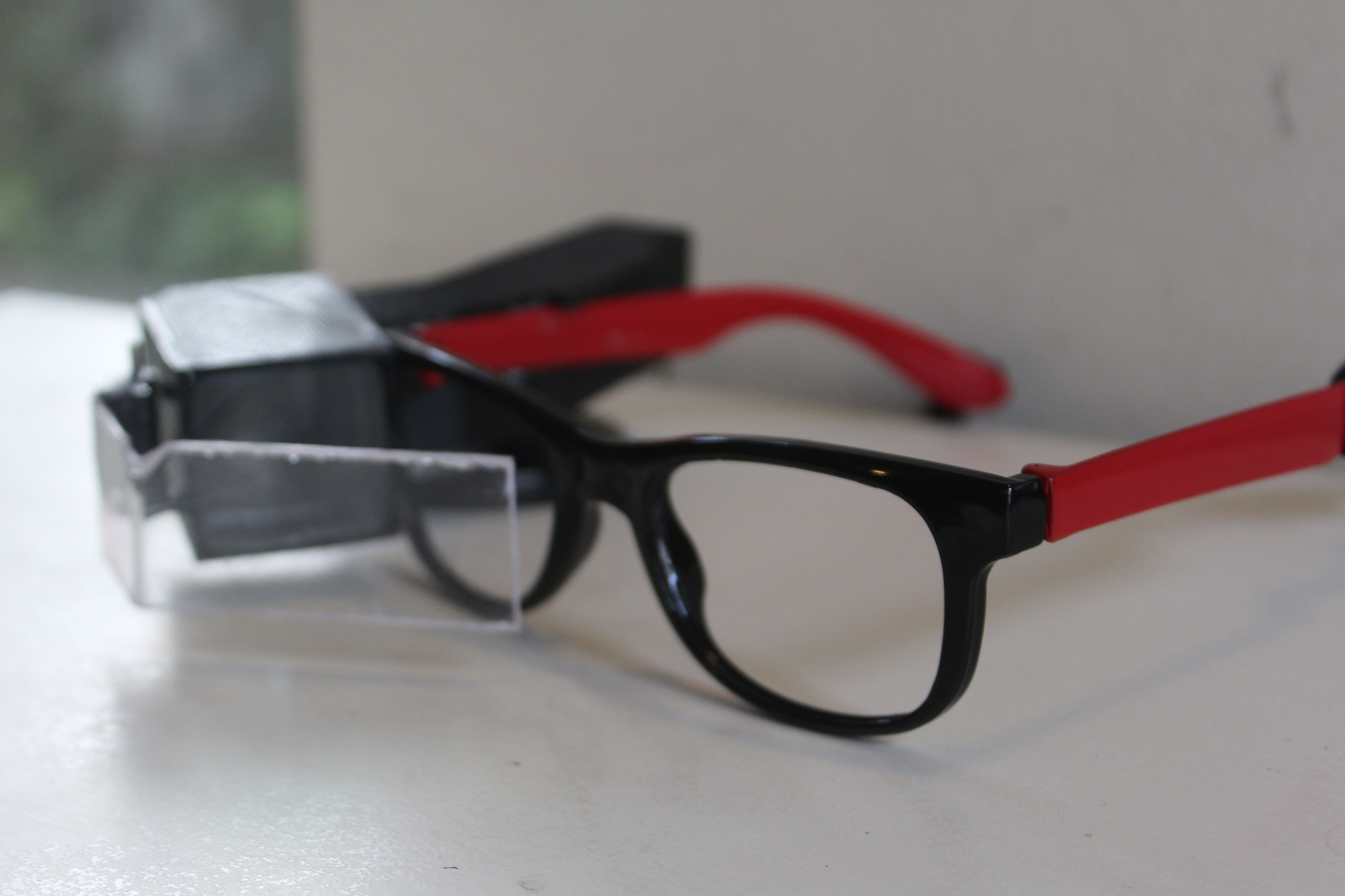 "Transcribe ""hearing glasses"" prototype (Source: Madhav Lavakare)"