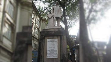 Kavasji Jamshedji Petigara has a statue dedicated to his honour, in Mumbai. Image Credit:- Mangesh Sirdeshpande‎