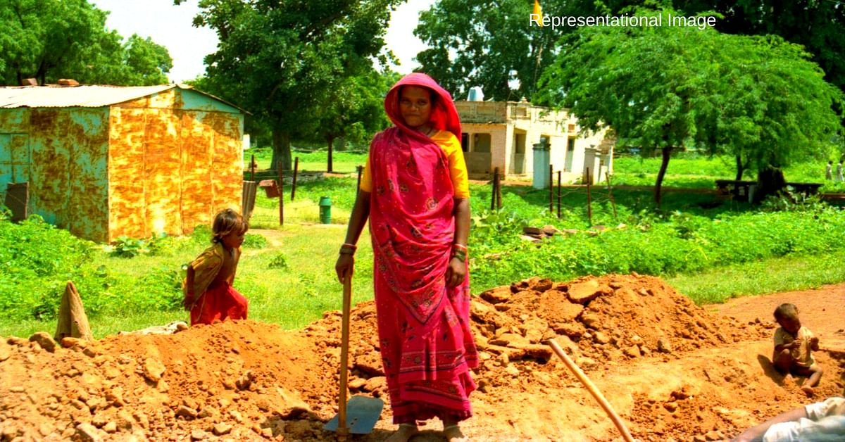 With No Help from Govt, Bihar Women Build Their Own 2 Km Road in Just 3 Days!