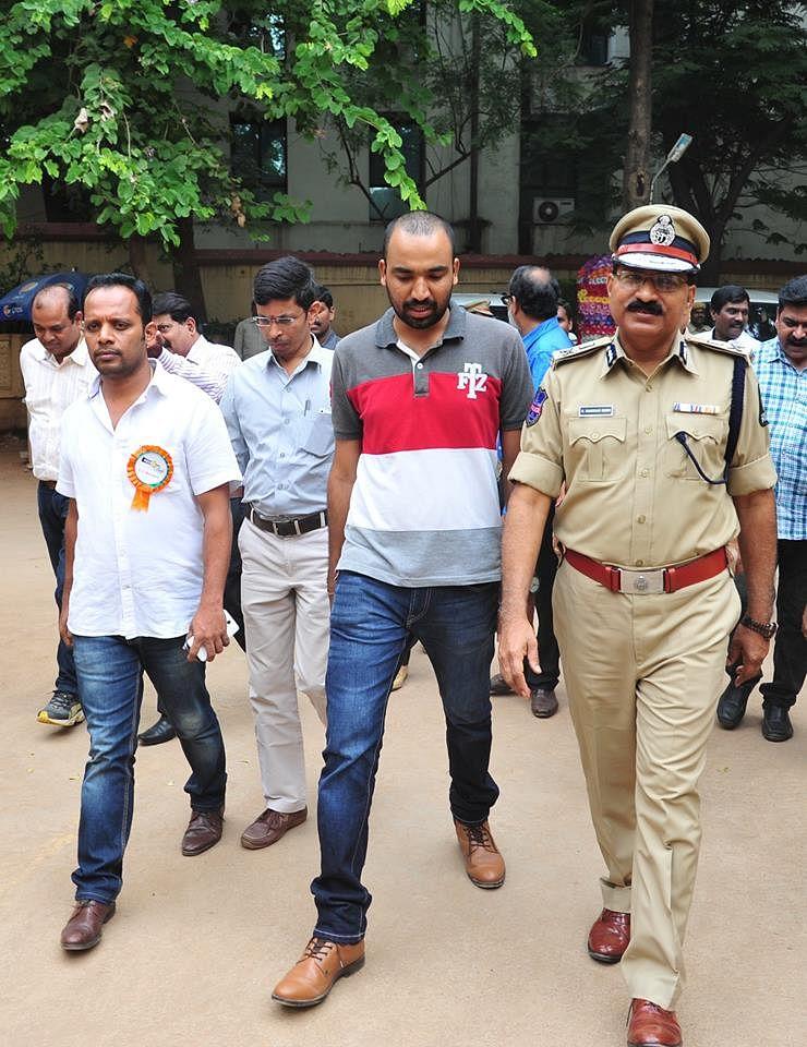 Telangana DGP Telangana Police DGP M Mahender Reddy (Source: Facebook/Raghu Duggu)