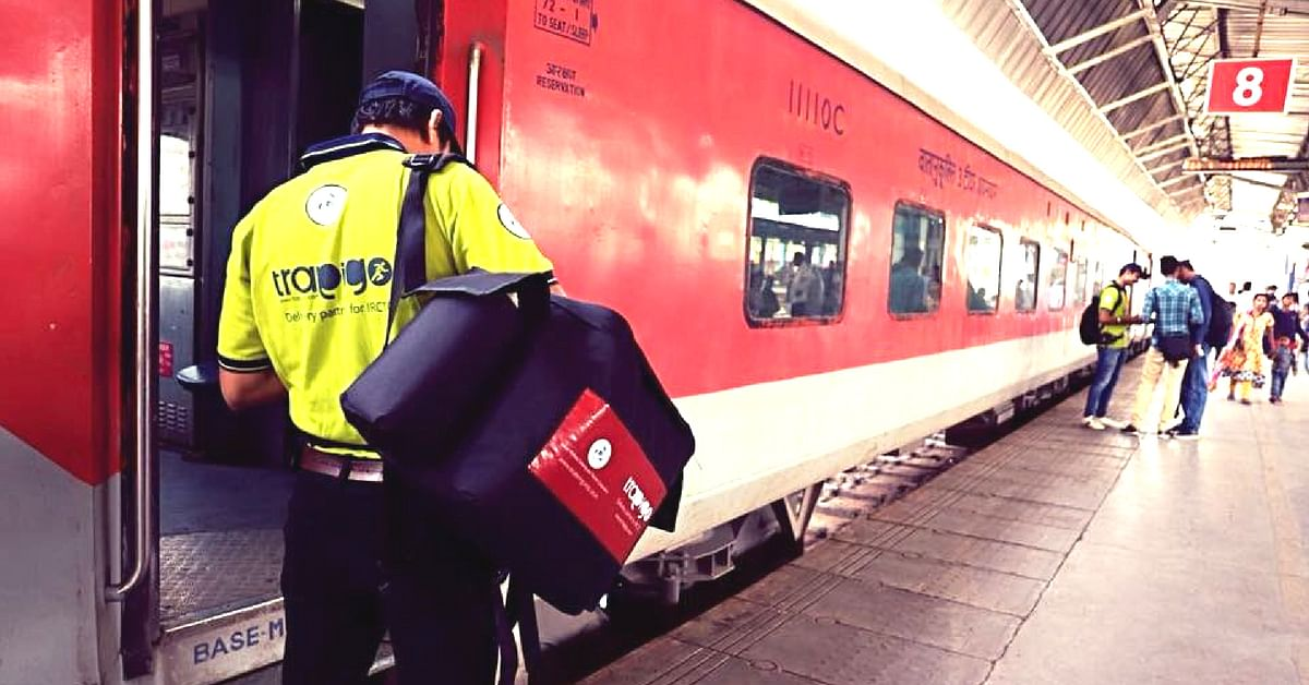 Trapigo will ensure you get nice, warm meals delivered to your berth, courtesy IRCTC! Image Courtesy: Ministry of Railways.