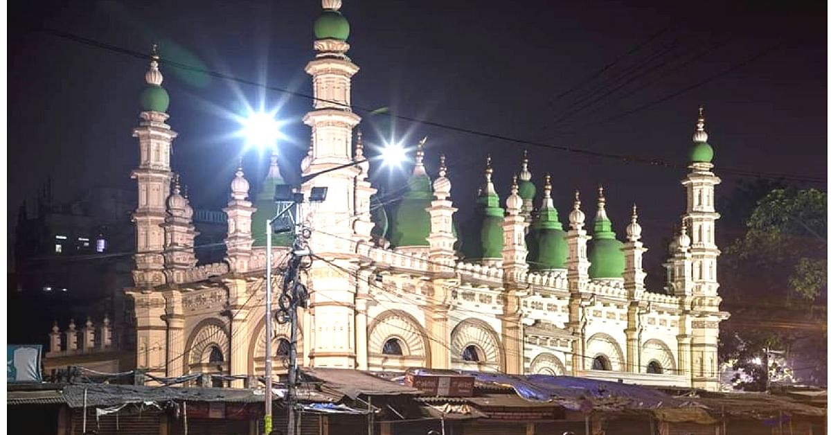 Visit the iconic Tipu Sultan Mosque, when you travel to Kolkata next.Image Credit: Salahuddin Ibn Abdul Gaffar