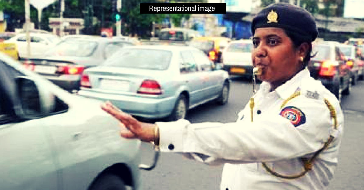 Auto-Driver Refused to Pay Fine, Pushed Woman Cop_ Here's What She Did Next!