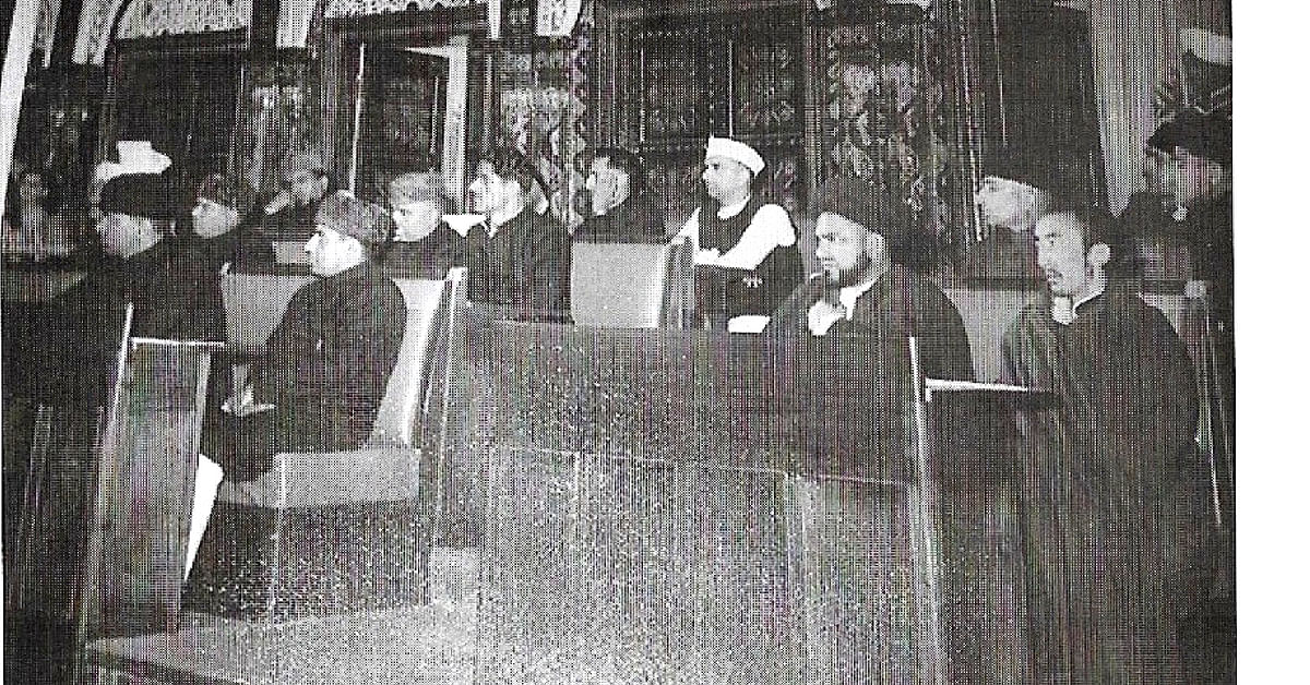 Bakula Rinpoche attending a session of K&L State Legislative Assembly in 1953. (Source: Sonam Wangchuk)