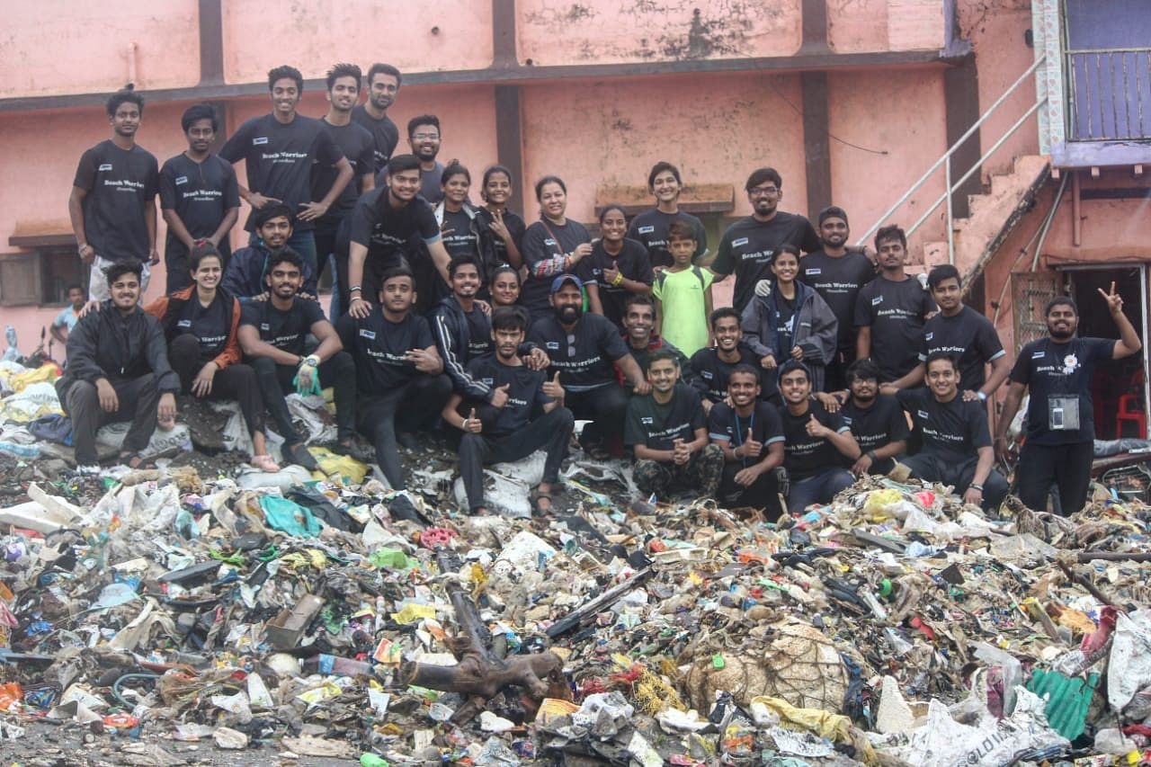 Beach clean up Worli fort Mumbaikars
