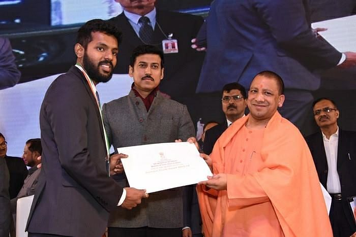 Receiving the National Youth Award from Minister of Youth Affairs and Sports Rajyavardhan Singh Rathore and UP Chief Minister Yogi Adityanath.