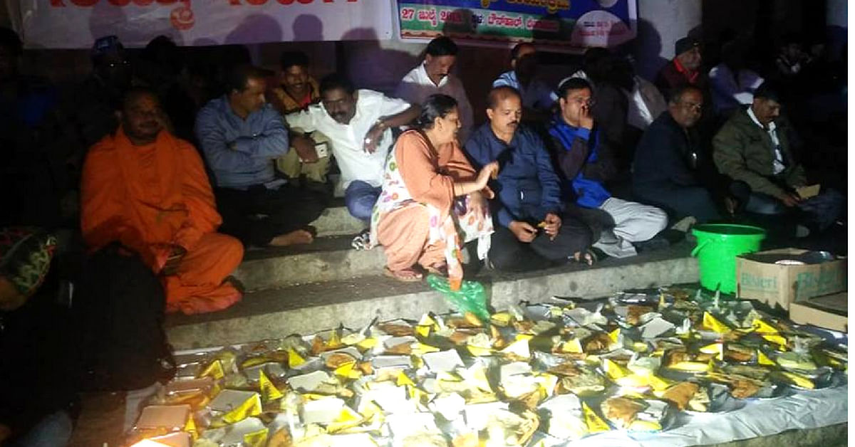 People in Bengaluru came together to bust myths and eat food during the lunar eclipse. Image Credit: Mahisha Nanda