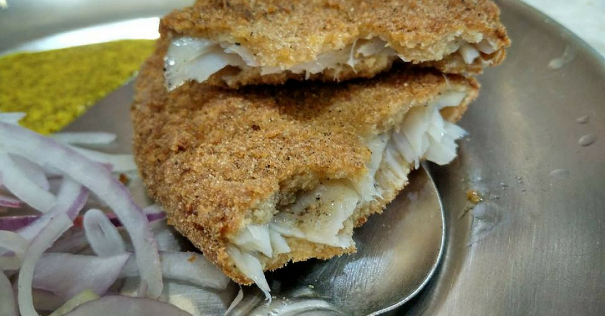 The legendary Kolkata fish fry, best sampled at Tollygunge.Image Credit: Souvik Ghosh