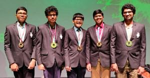 5 Indian Students bag gold in international physics olympiad