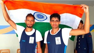 Bhagwan Singh (left) and Rohit Kumar (right) won bronze in the men's double scull event in the Asian Games. Image Credit: Sporting India