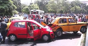 Got into a vehicle accident? Here's what you should do! Image Credit: Wikimedia Commons