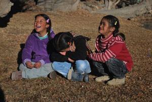 Children at the shoot. (Source: Chuskit)