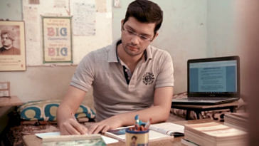 How the son of a security guard braved odds to crack UPSC! (1)
