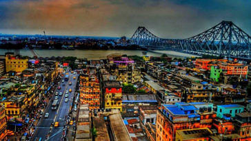 Kolkata has the best 4G availability in India, and even beats Singapore and Hong Kong. Image Credit: Kolkata, Photo by Arnesh Sen.
