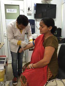 At a mohalla clinic in Peeragarhi, Delhi. (Source: Facebook/Meera Sanyal)