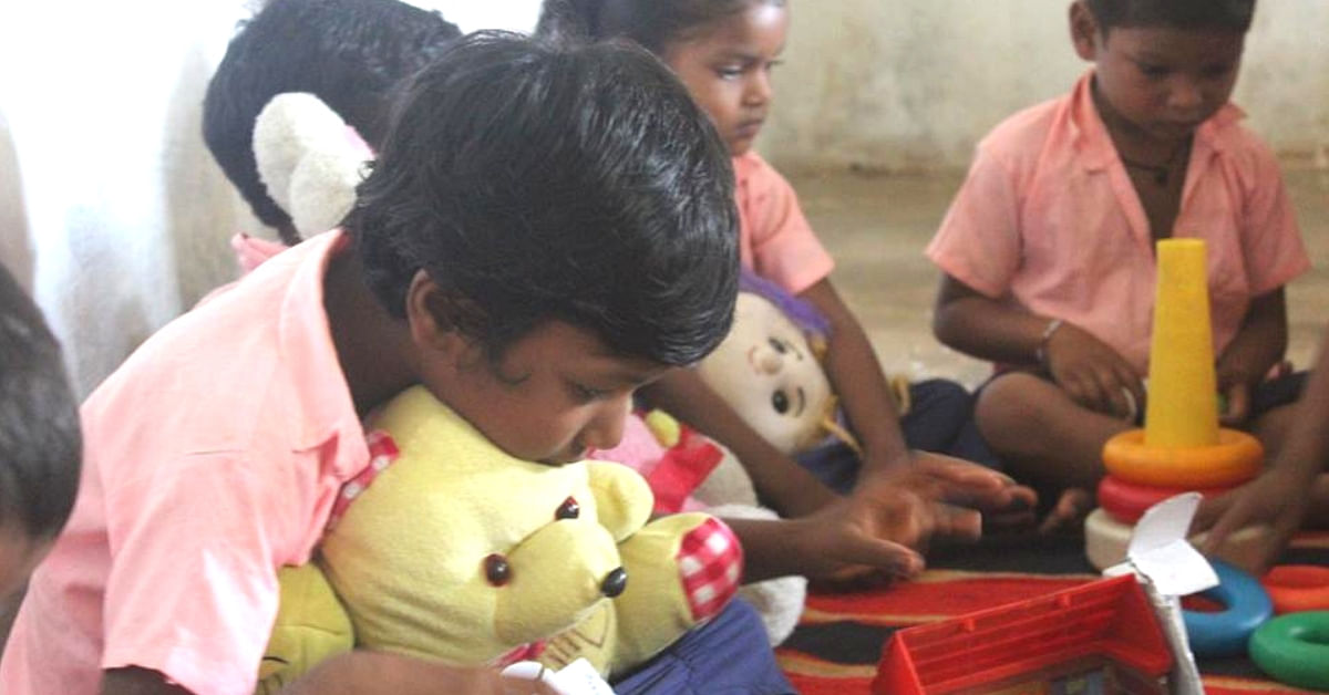 The Delhi-based Toy Bank ensures that children who haven't had a chance to play and bond, do so. Image Credit: Toy Bank