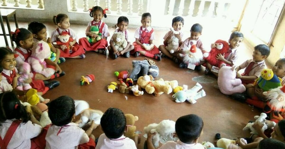 The Delhi-based Toy Bank manages Toy Libraries, where kids can play and learn. Image Credit: Toy Bank