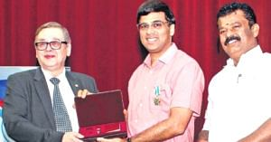 Viswanathan Anand was conferred Russia's 'Order of Friendship'. Image Credit: FastChess