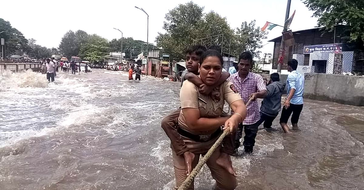 Pune Floods: Brave Constable Springs to Action, Rescues 15 Kids Single-Handedly!