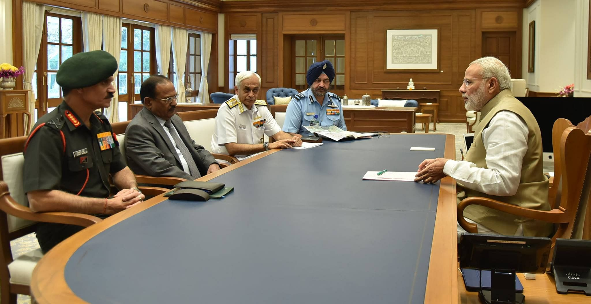 NSA Ajit Doval sitting alongside former Chief of Army Staff, General Dalbir Singh, the Chief of Naval Staff, Admiral Sunil Lanba and the Vice Chief of Air Staff, Air Marshal Birender Singh Dhanoa in a meeting with Prime Minister Narendra Modi (Source: PIB)