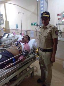Constable Vispute with Constable Shinde. (Source: MyMedicalMantra)