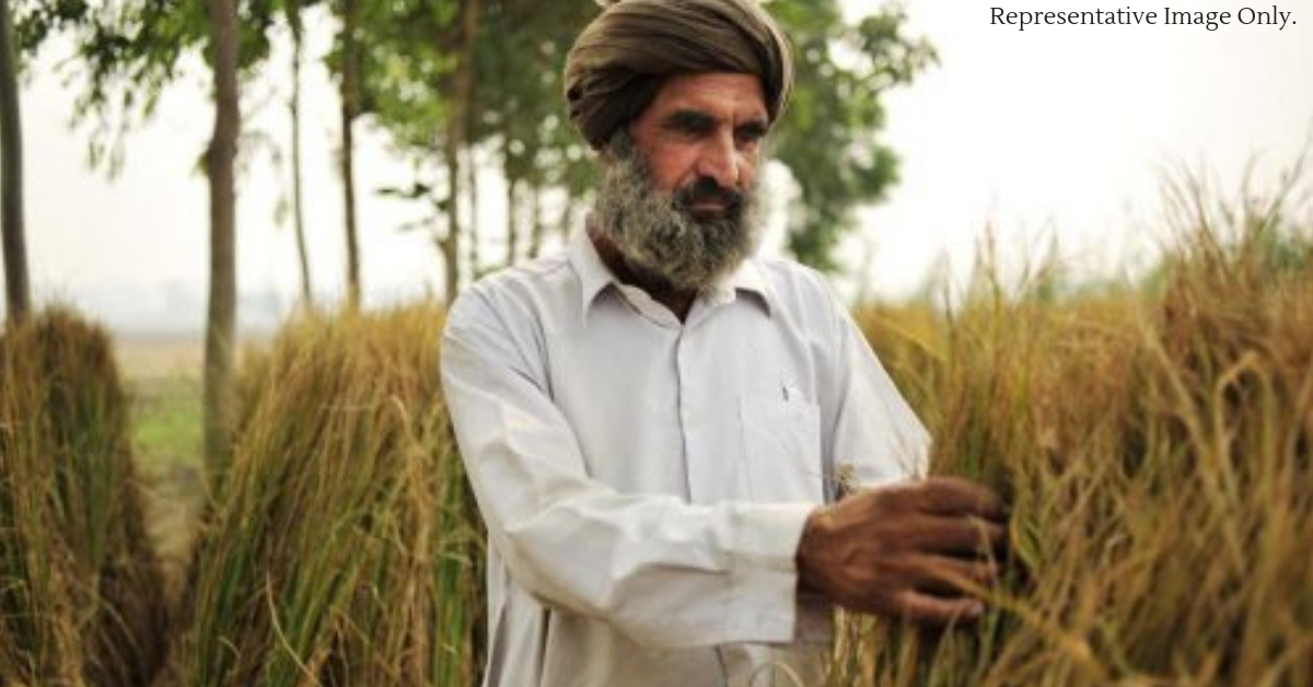 The Punjab farmer Gurbachan, leading the crusade against stubble burning. Representative Image Only. Image Credit: Gurbachan Singh