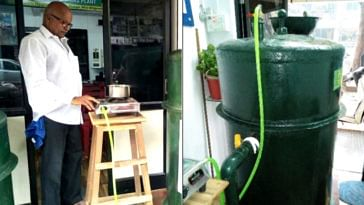Rajagopalan Nair with his portable biogas plant. (Source: India Mart)