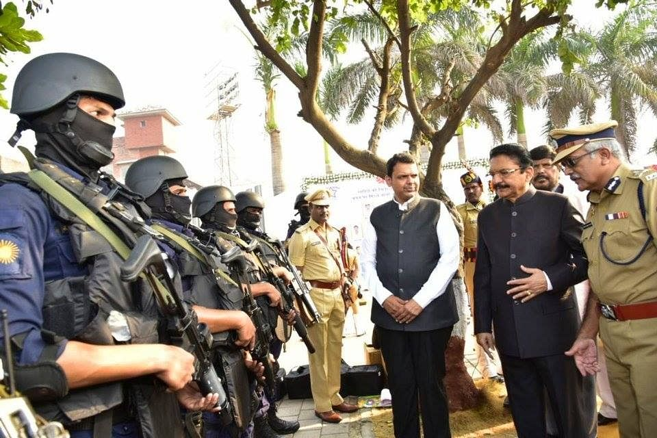 Maharashtra Governor Ch Vidyasagar Rao and Chief Minister Devendra Fadnavis with members of the elite Force One Commando Anti Terrorism Unit. (Source: Facebook)