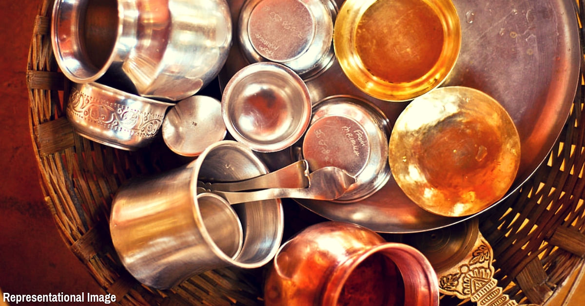 Mumbaikars Gives Gold a Miss on Dhanteras, Replaces All Plastic Crockery With Copper & Glass