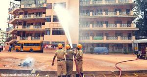 Hero Cop, 2 Teachers Avert Major Tragedy; Save 25 Kids From Raging Fire in Telangana!