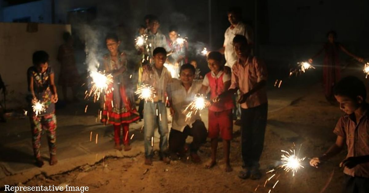 What Is a Green Firecracker? Here's How Your Diwali Explosions Can Be Eco-Friendly and Bright