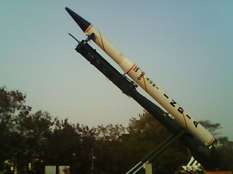 A relatively old model of the Agni class of missile. (Source: Wikimedia Commons)