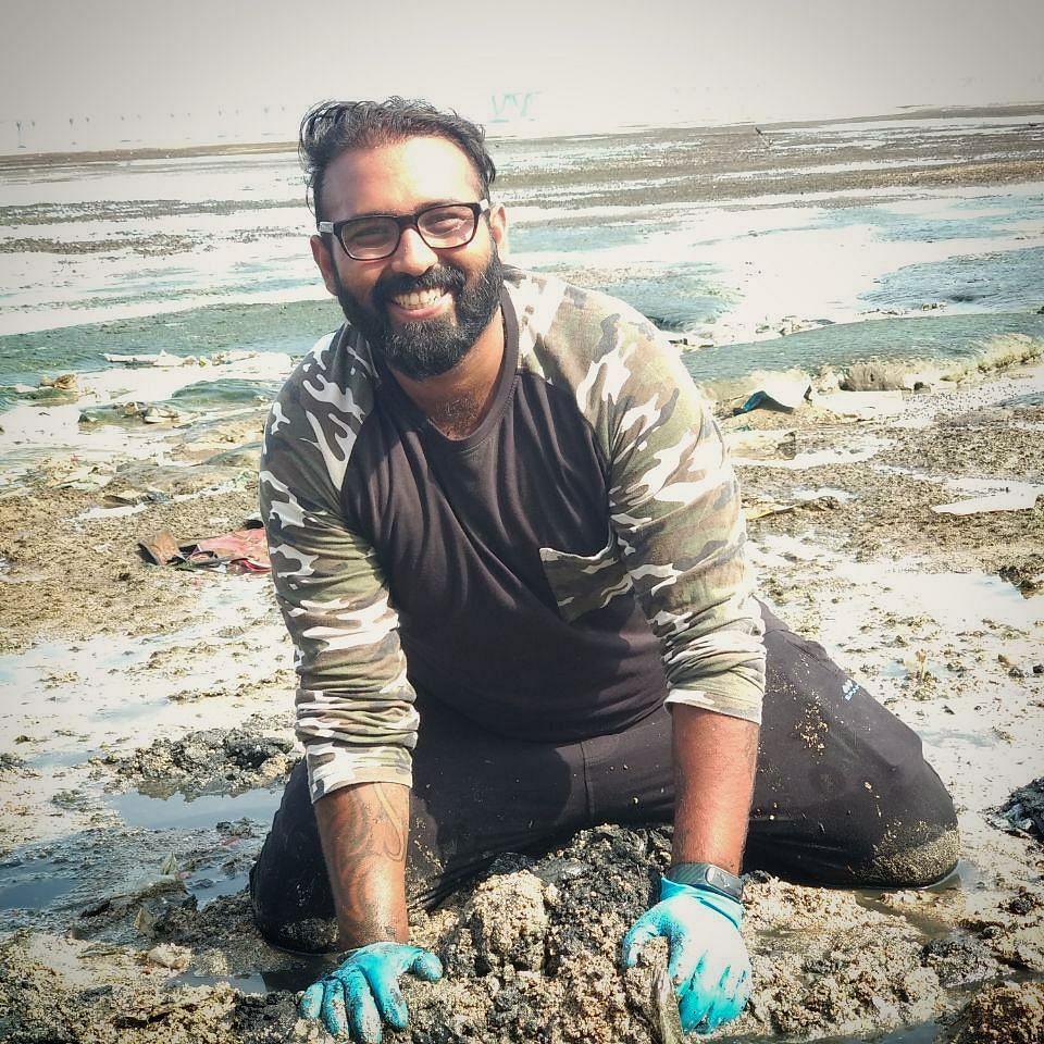 chinu-kwatra-dadar-beach-cleanup