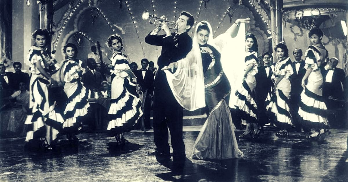 Still from Shree 420 (1955) starring Raj Kapoor and Nargis. (Source: YouTube)