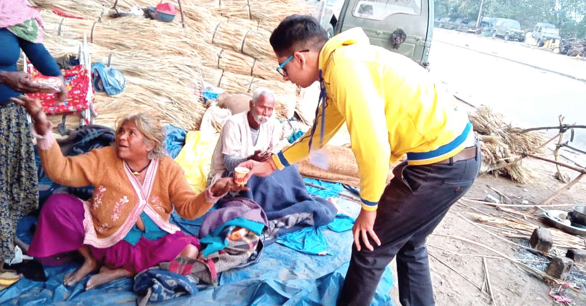 Feeding the Poor to Teaching Slum Kids: Mini-NGO Run By 82 Teens Is Example to Many