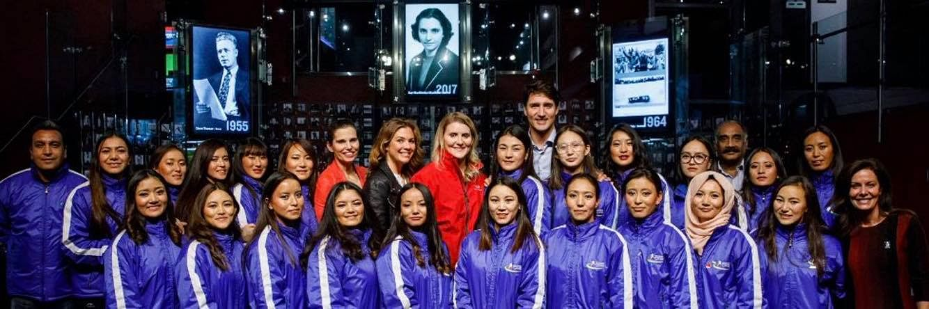 The Indian Women's Ice hockey Team standing with Canadian PM Justin Trudeau and ice hockey legend Hayley Wickenheiser. (Source: Facebook)
