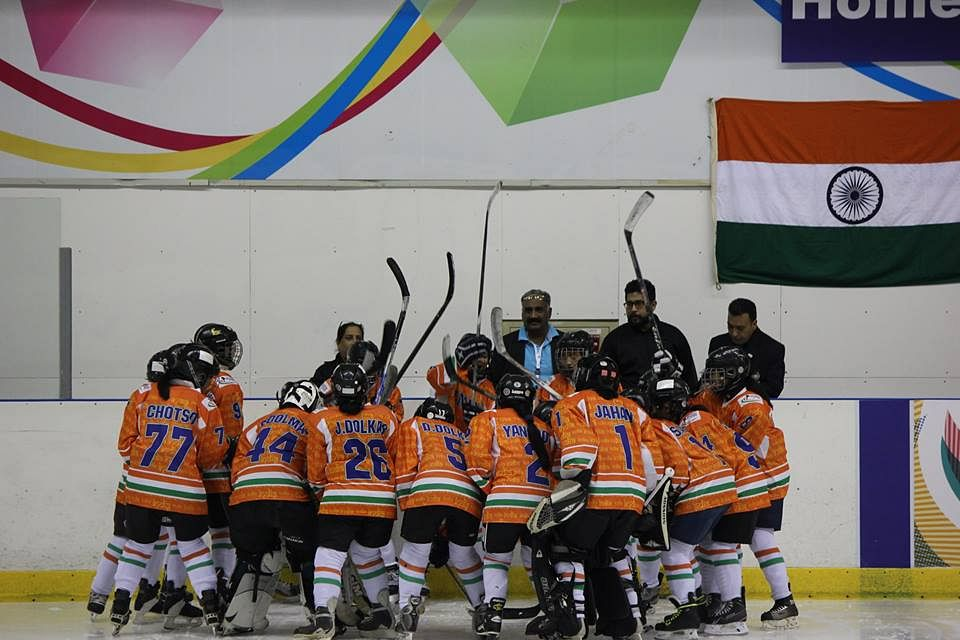 The women's team at the 2016 Asian Challenge Cup. (Source: Indian Women's Ice Hockey Team)