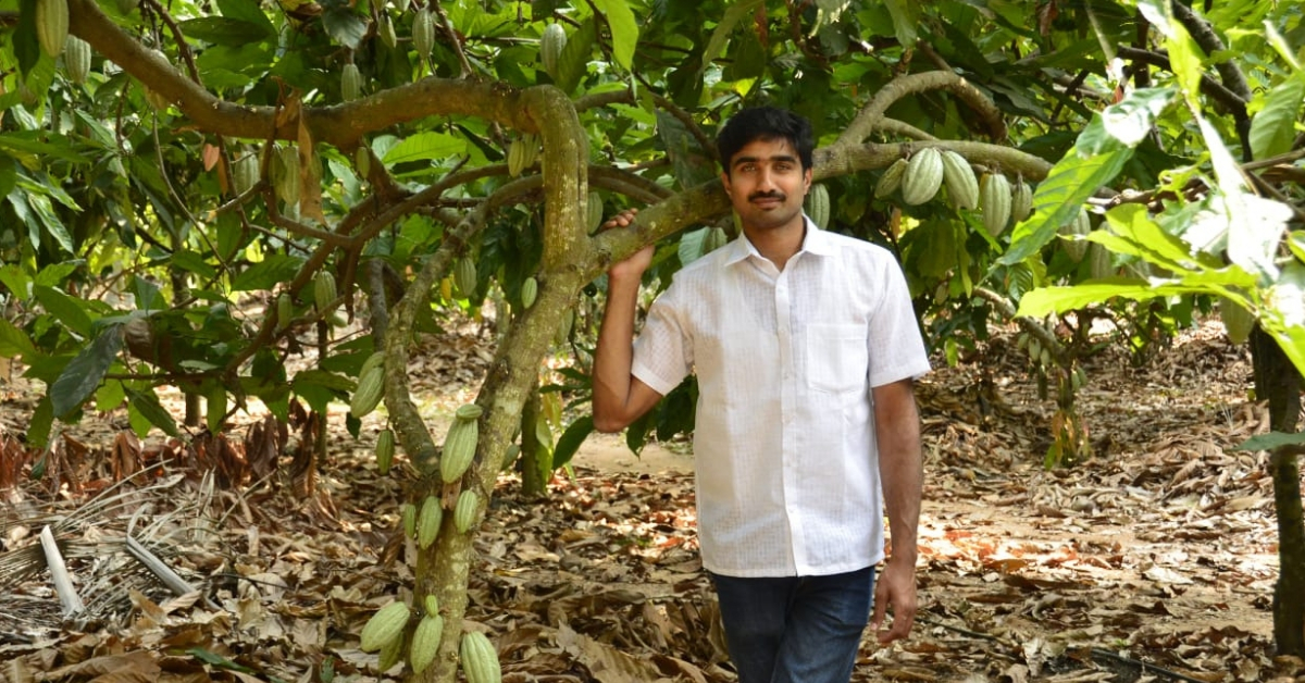 Telangana Techie Gives Up Job in the US, Revives 30 Acre Farm & Now Earns Lakhs!