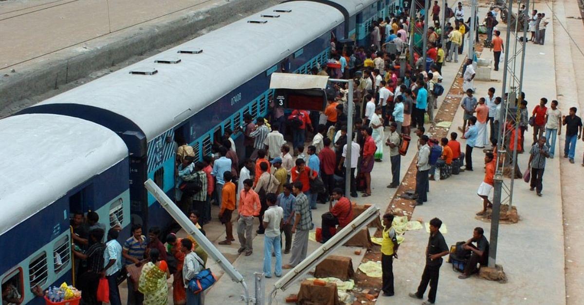 Arrive 20 mins before departure: Indian railways plans airport ...
