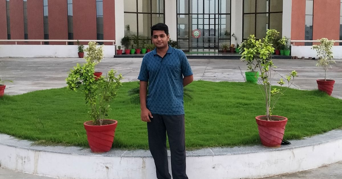 Running a Dhaba to Support His Family, Indore Engineer Scores a Brilliant 98.01% in CAT!