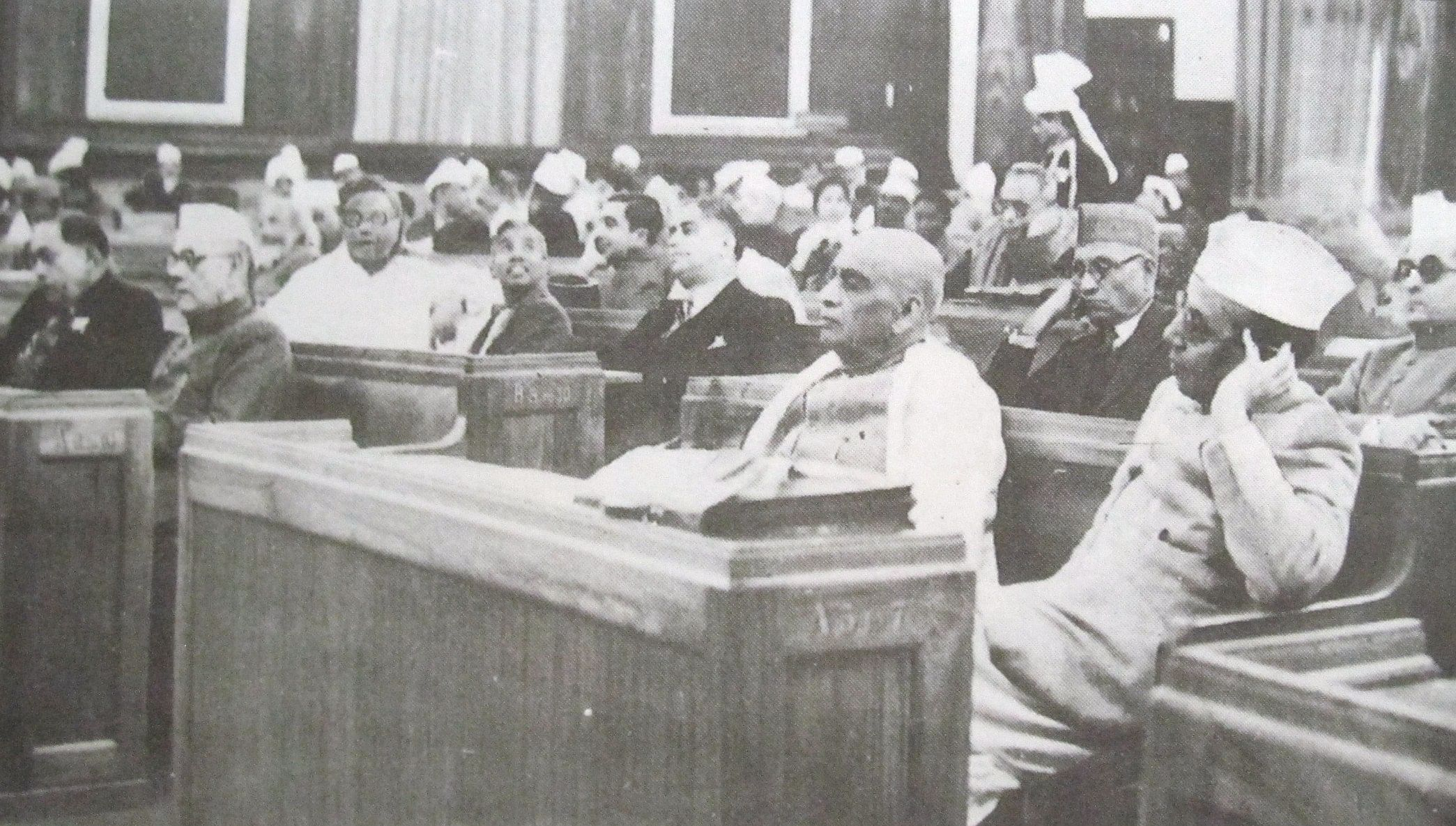 Constituent Assembly members sitting during a discussion. (Source: CADIndia)